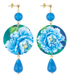 blue-and-white-flower-blue-stone