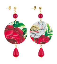 white-and-red-flower-ruby-stone
