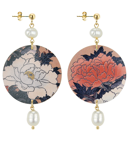 white-and-red-flowers-pearl-stone